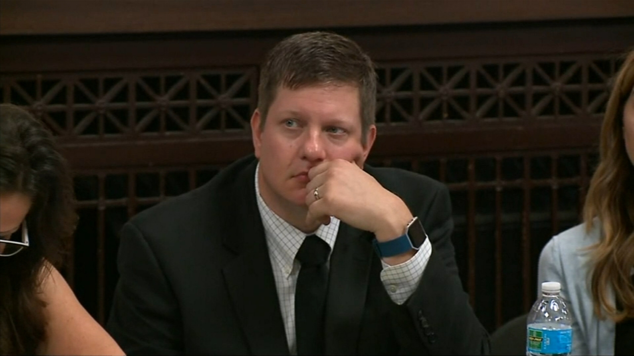 Defense attorneys for Chicago Police Officer Jason Van Dyke will begin presenting their case Monday to try to prove that the shooting death of Laquan McDonald was justified.