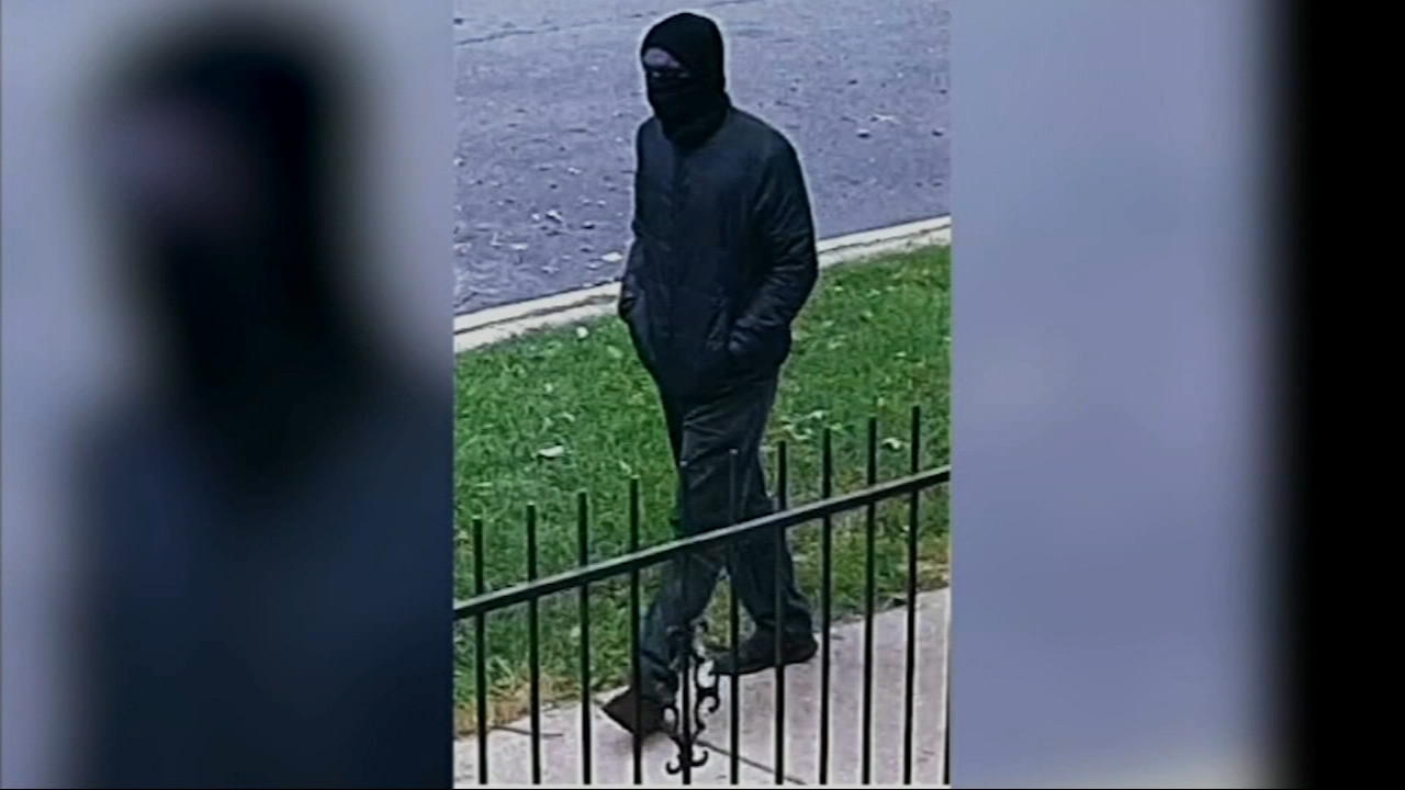 Chicago police said a masked gunman appears to be targeting people in the citys Rogers Park neighborhood at random following the second fatal shooting in the neighborhood in two