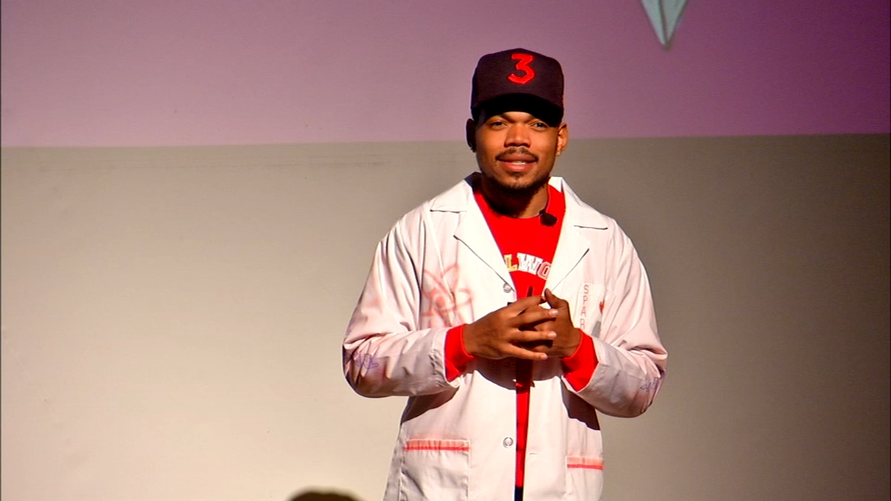 Chance the Rapper continues to show his support for Chicagoans in need as he pledged $1 million for mental health in the city Thursday.