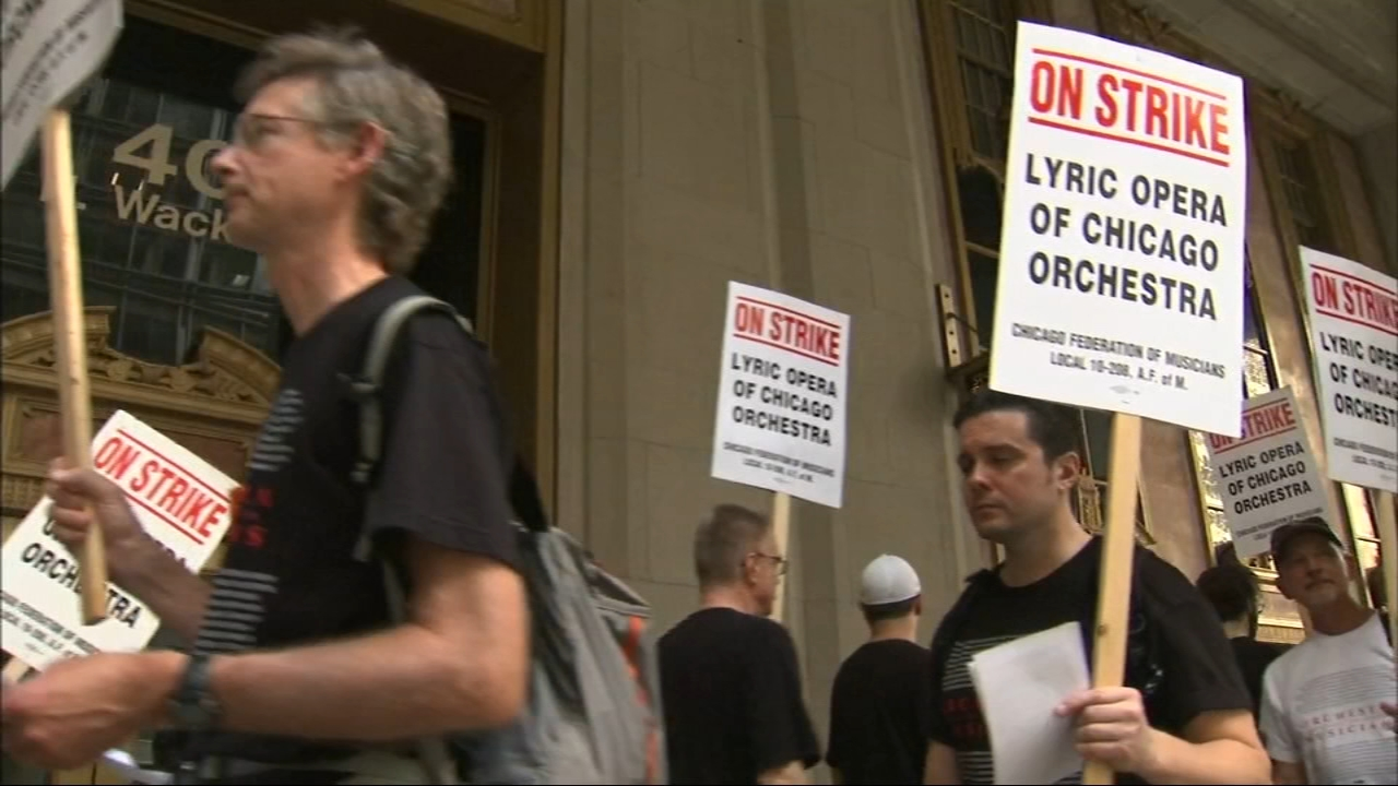 The musicians, represented by the Chicago Federation of Musicians and employed by the Lyric Opera of Chicago, went on strike Tuesday.