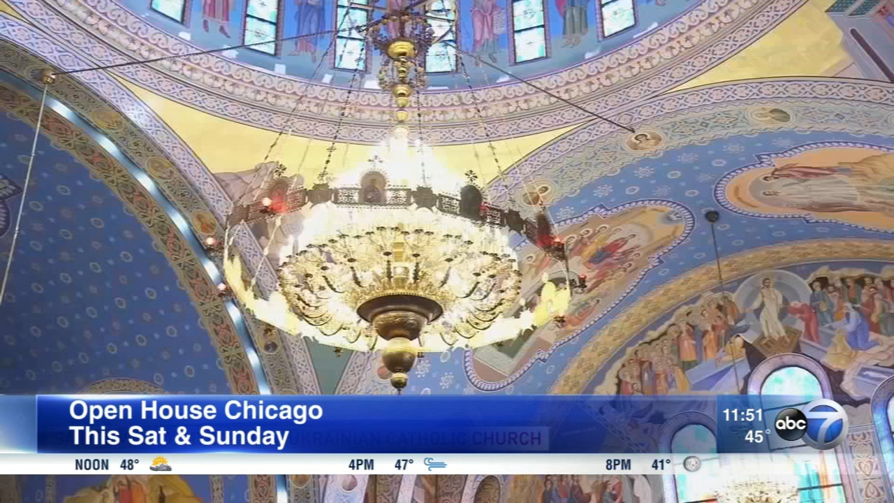 Be a tourist in your own town this weekend as the doors open to more than 250 buildings in the Chicago area.