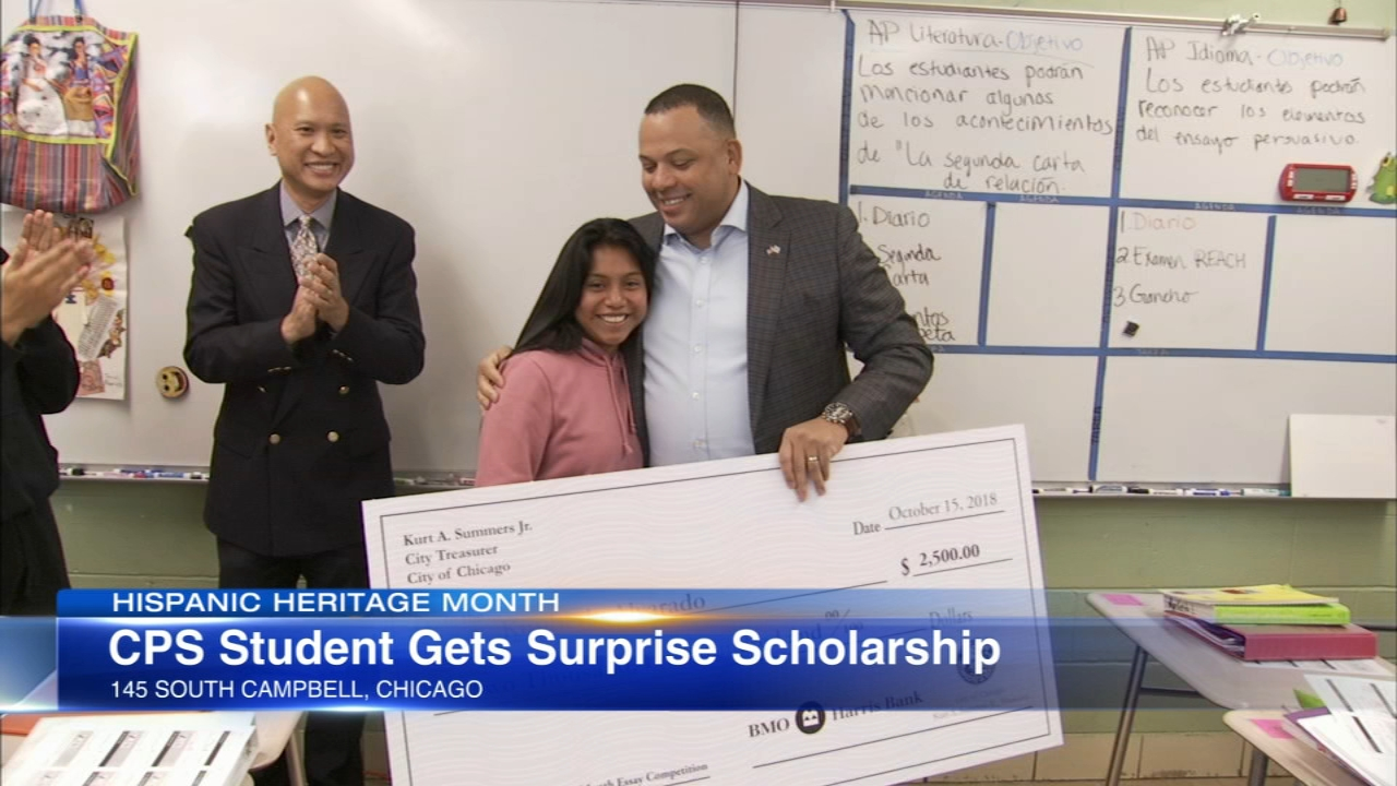 A Chicago high school senior got a pleasant surprise for writing an award-winning Hispanic Heritage Month essay.