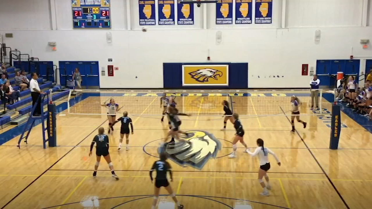 This weeks 7 on your Sideline focuses on the Carl Sandburg High School volleyball team and setter Rachel DeFries.