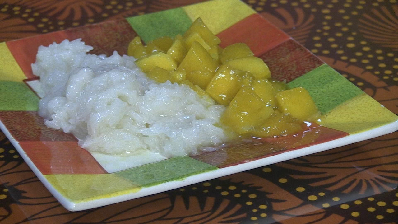 In Steve's Extra Course Video, he takes a look at one of the restaurant's dessert options: mango with sweet, sticky rice.
