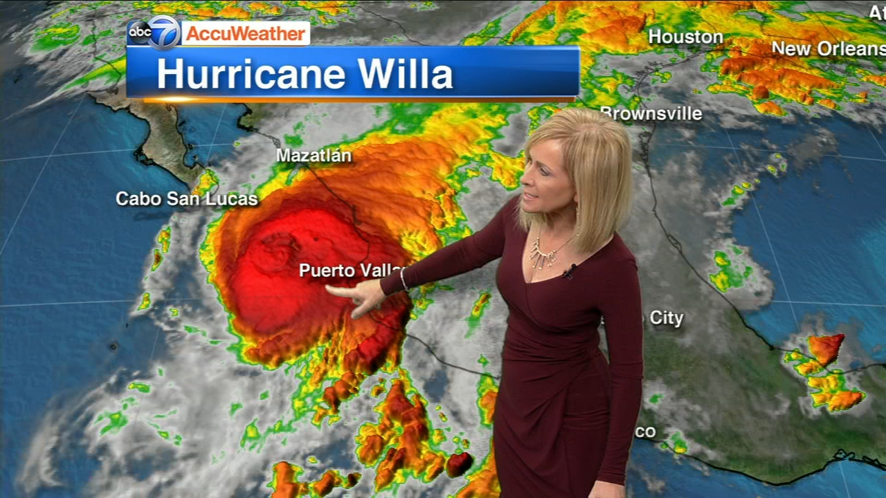 Hurricane Willa is headed toward a Tuesday afternoon collision with a stretch of Mexicos Pacific coast.