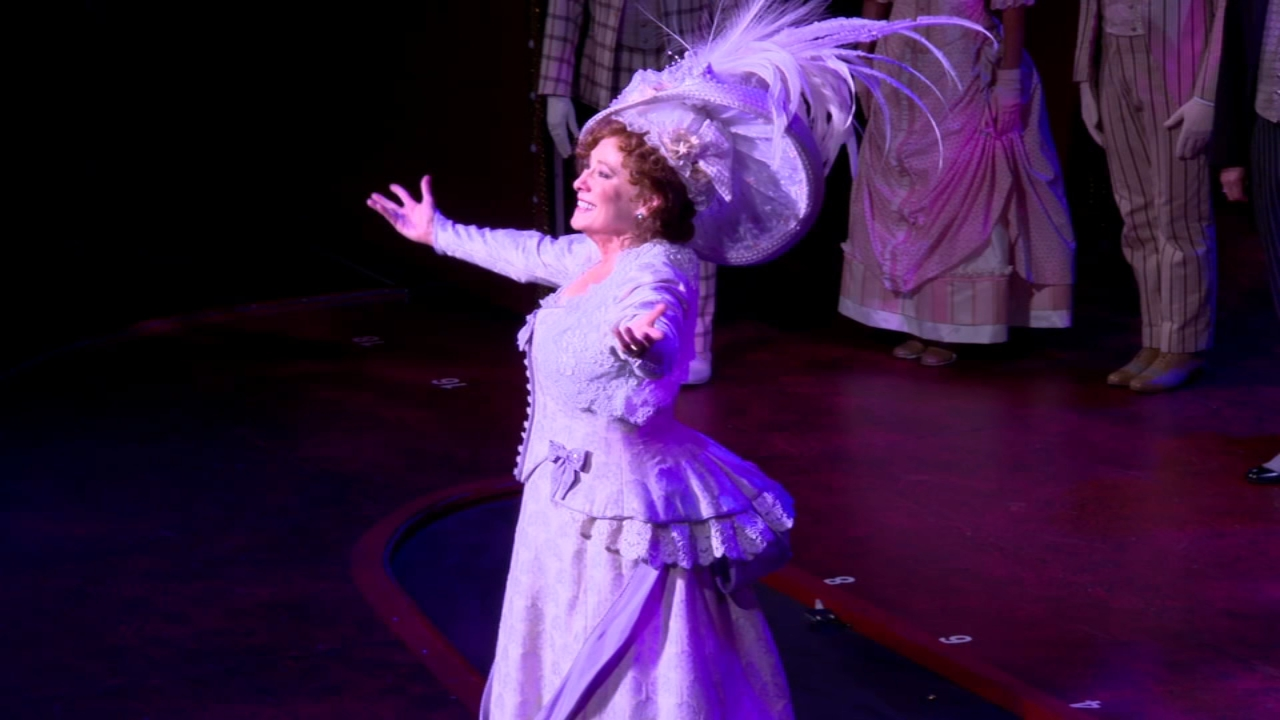 Hello, Dolly is back where she belongs: on the Chicago stage at the Oriental Theatre, but just for the next three weeks.