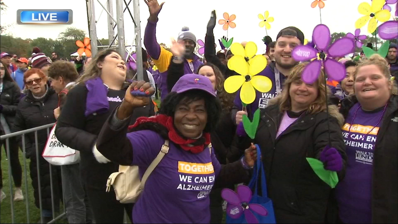 Thousands of Chicago residents are joining the fight to end Alzheimers disease at the Walk to End Alzheimers.