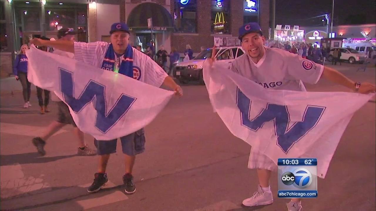 Cubs fans celebrate win in Wrigleyville
