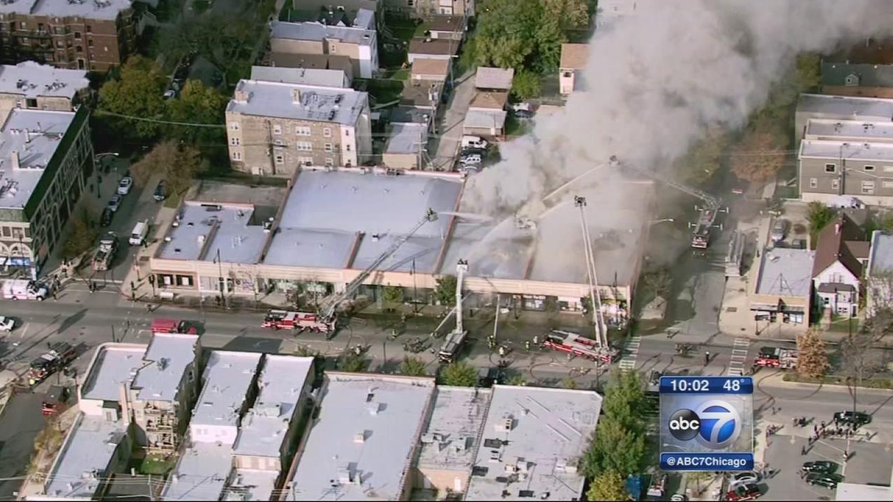 Albany Park fire destroys businesses