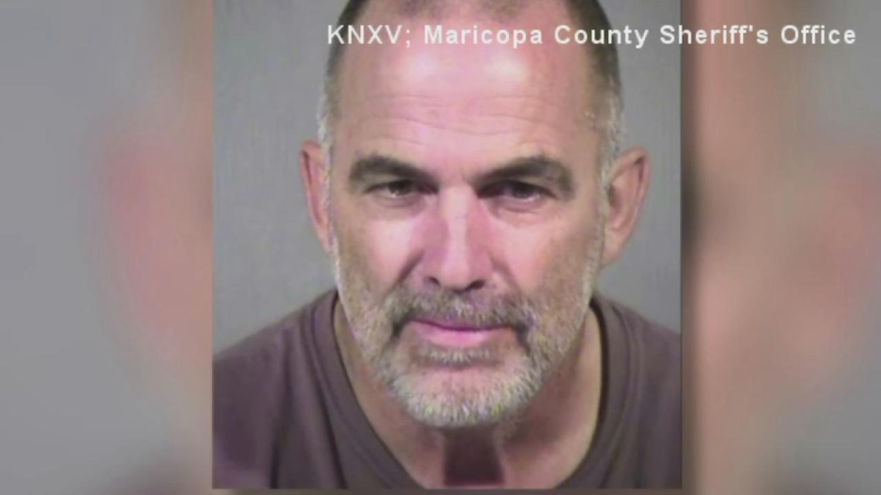 Arizona man leaves granddaughter in desert with gun