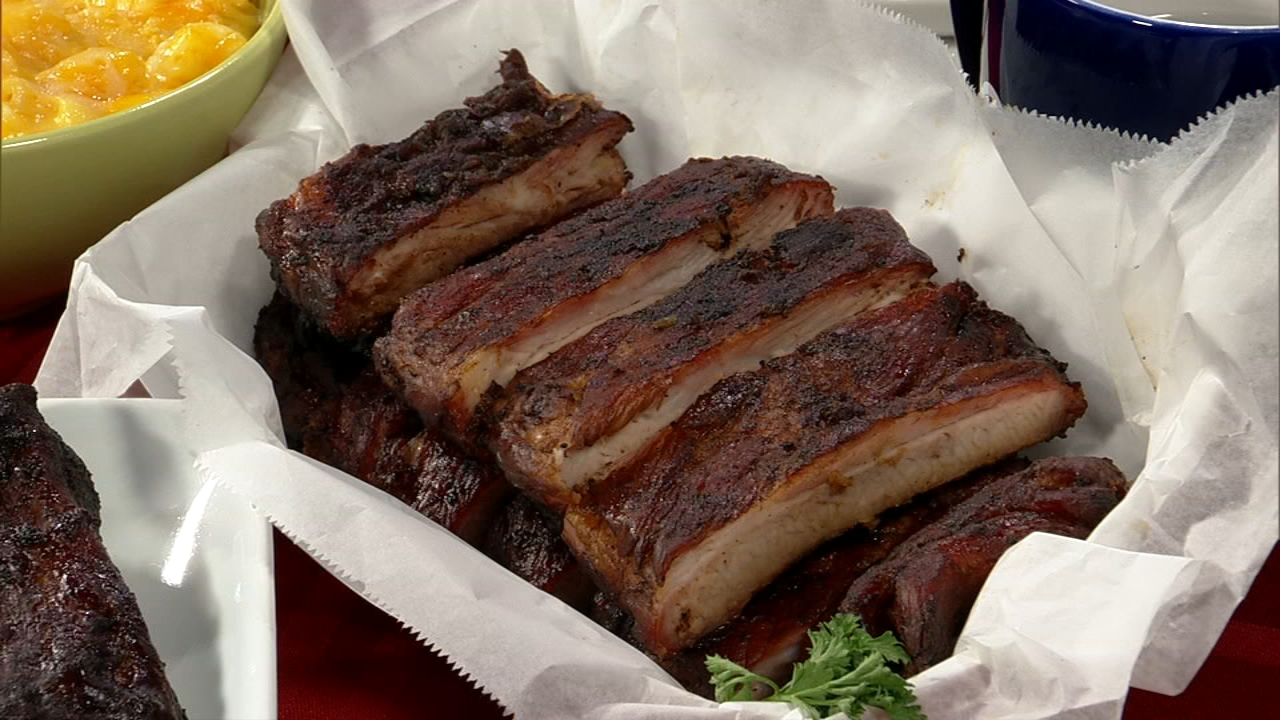There are barbecue joints scattered throughout the South Side, but few make all of their sides from scratch and offer St. Louis-style ribs.