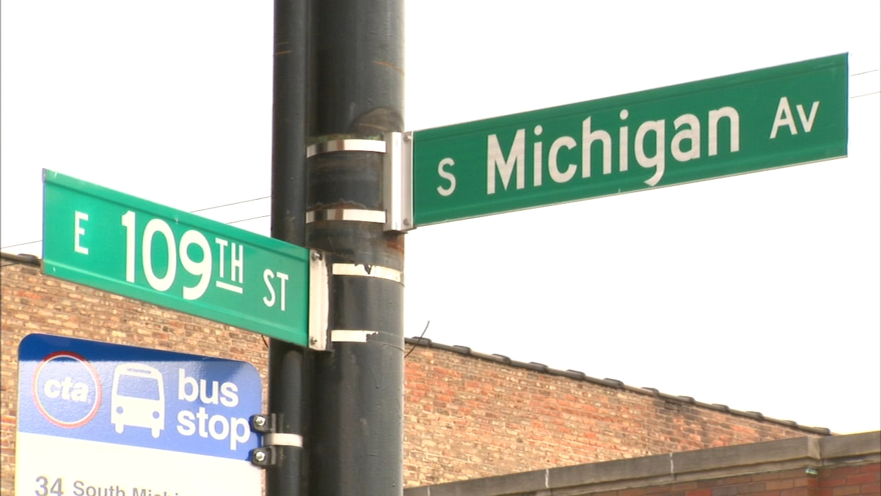 The 16-year-old told police she was walking near 109th Street and South Michigan Avenue when a man kidnapped and sexually assaulted her.