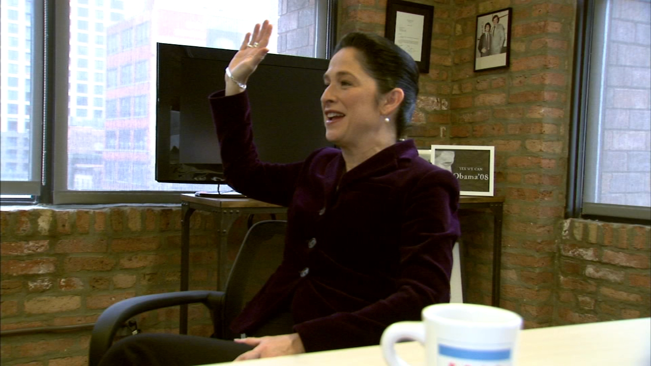 Illinois Comptroller Susana Mendoza has officially announced she is running for mayor of Chicago.
