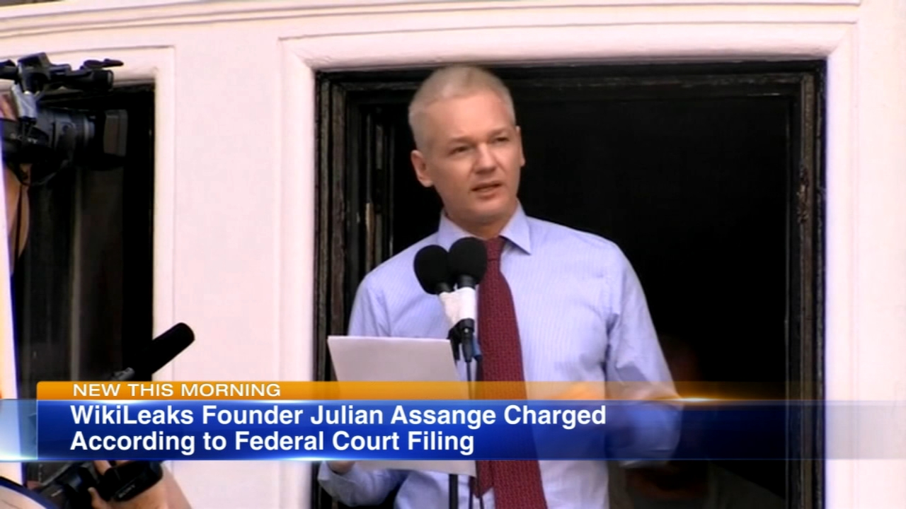 The Justice Department has charged Wikileaks founder Julian Assange, a federal court filing shows.