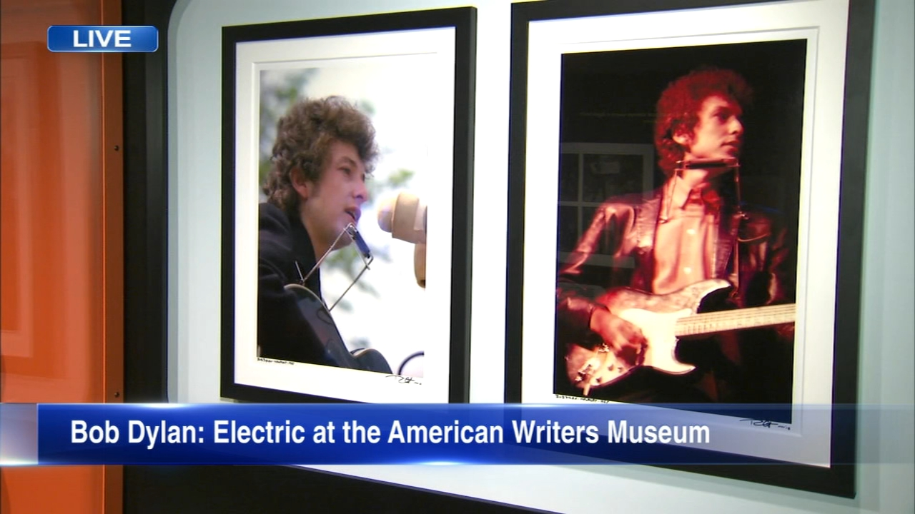 For half a century, legendary musician Bob Dylan has been an American cultural icon. And now theres an exhibit in Chicago showcasing his influence on pop culture.