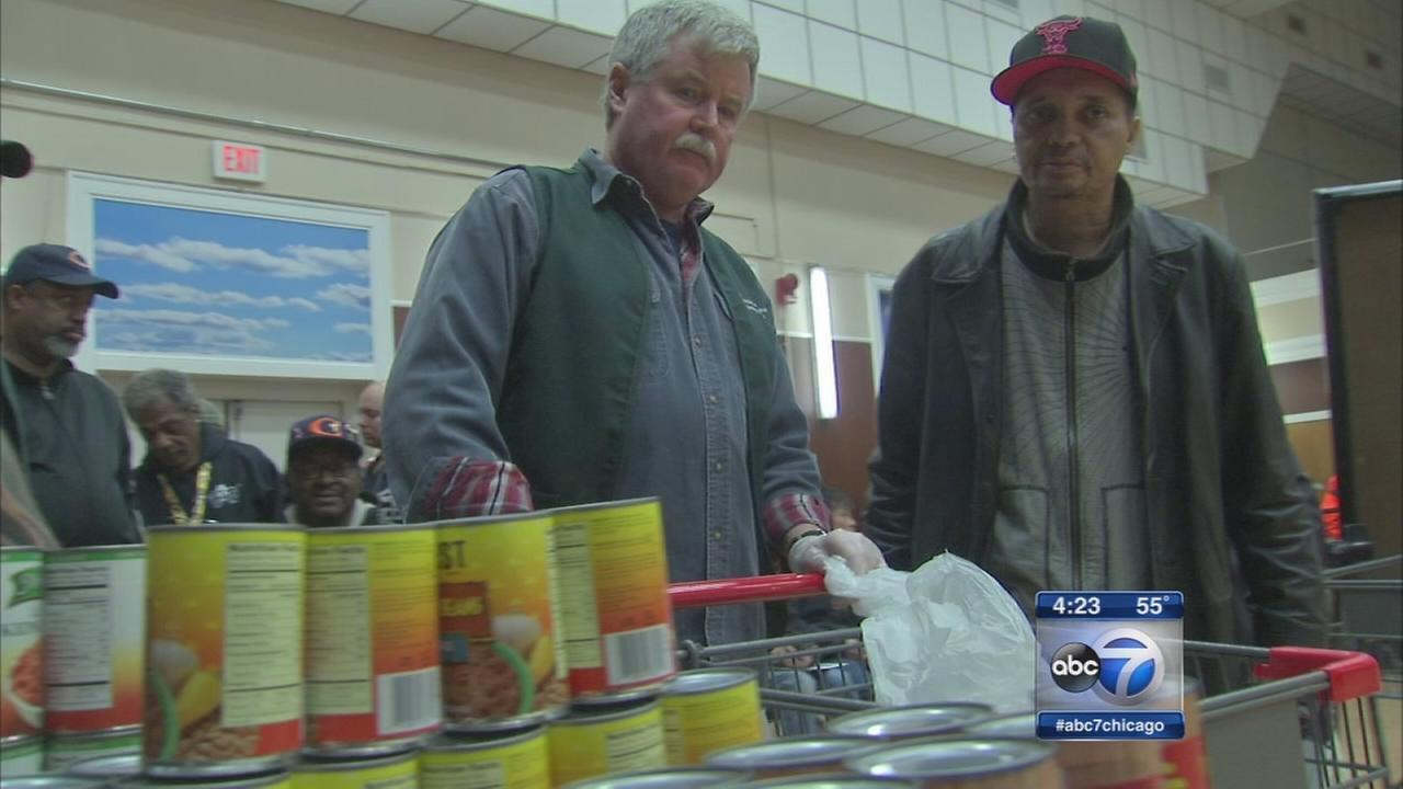 Food pantry serves veterans at Hines VA