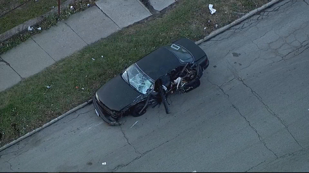 Three people were injured in a horrific crash on Chicago's South Side Tuesday afternoon.