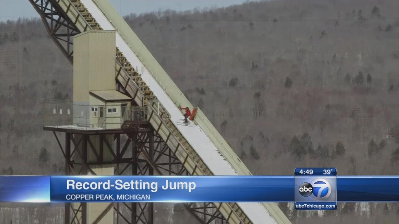 Man sets world record on Michigan ski jump