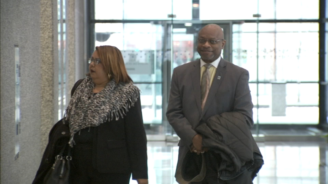 Chicago Ald. Willie Cochran returned to court for his federal bribery case.