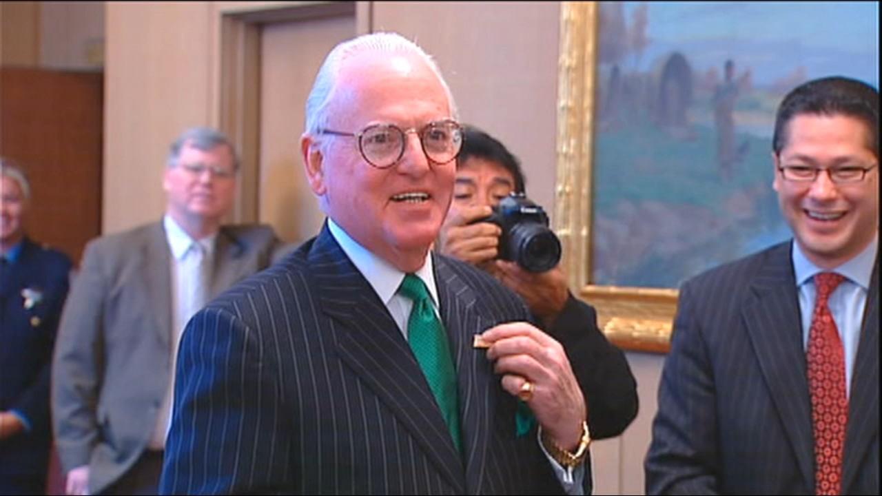 FBI agents on Thursday descended on the City Hall and 14th Ward offices of Alderman Edward Burke. Chuck Goudie and the ABC7 I-Team have the details.