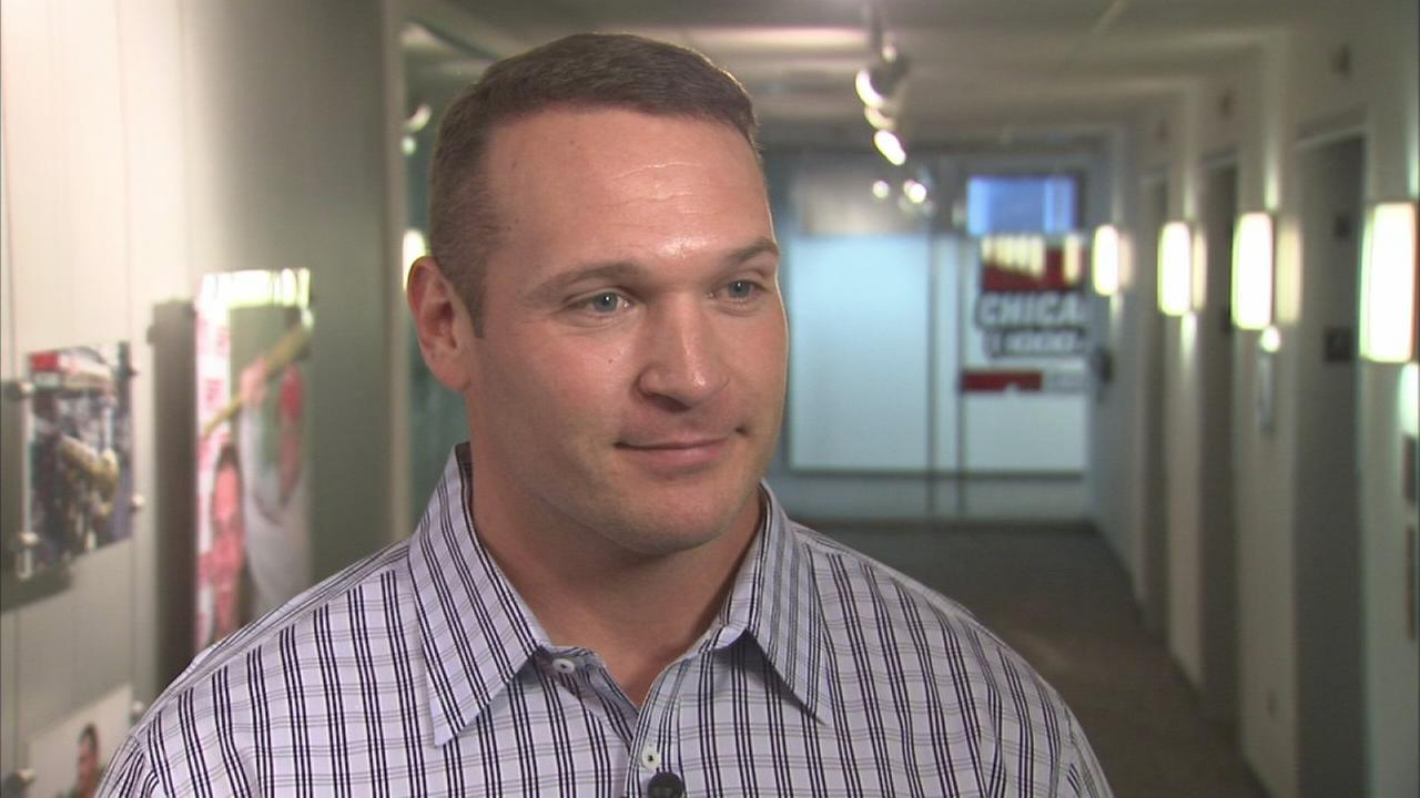 Brian Urlacher has hair