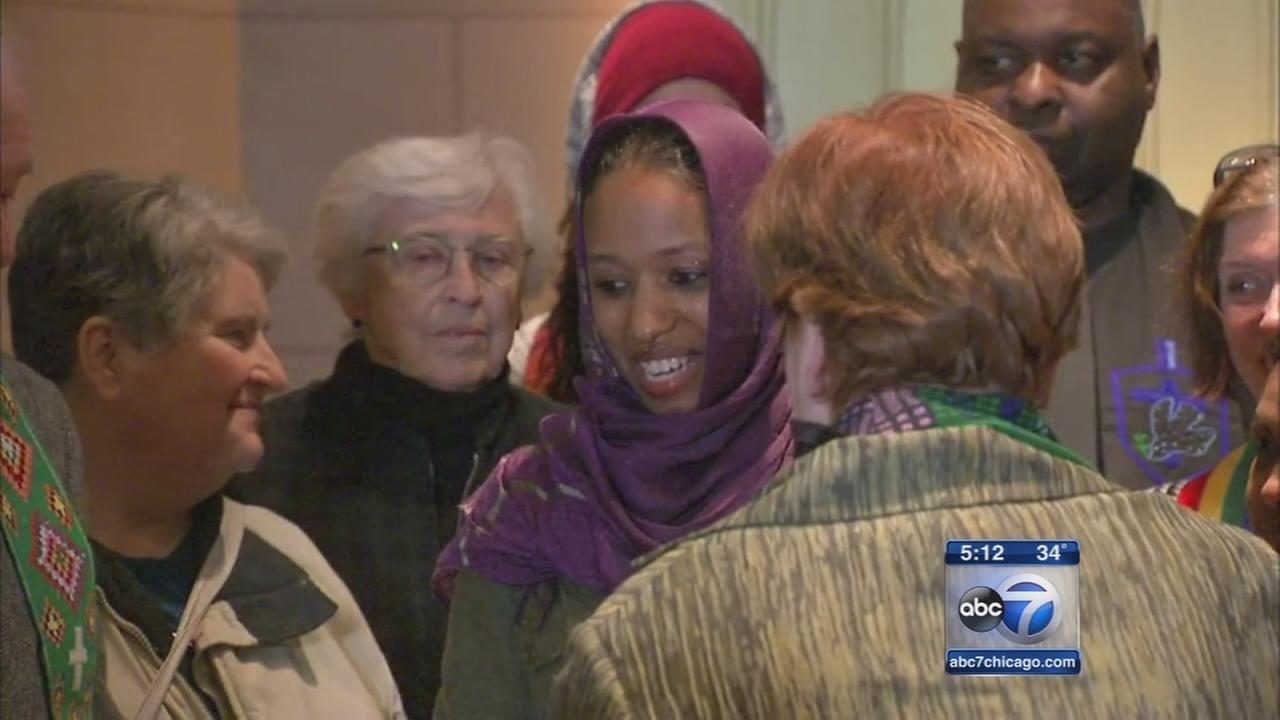 Supporters rally around Wheaton College professor