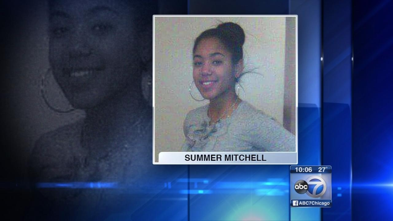 18-year-old girl found dead in Lansing