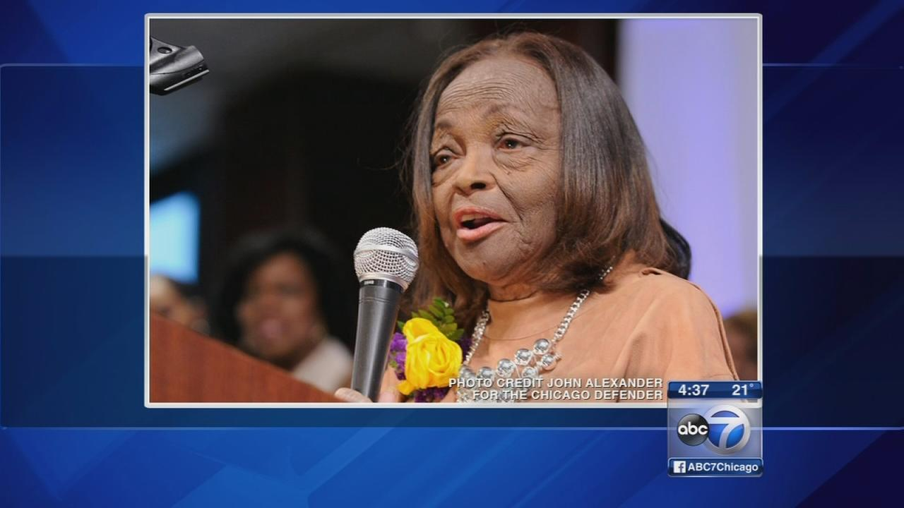 Funeral held for former Chicago Defender writer