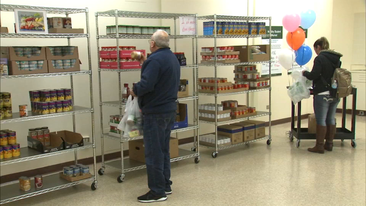The Daley Market food pantry at Daley College helps students in need.