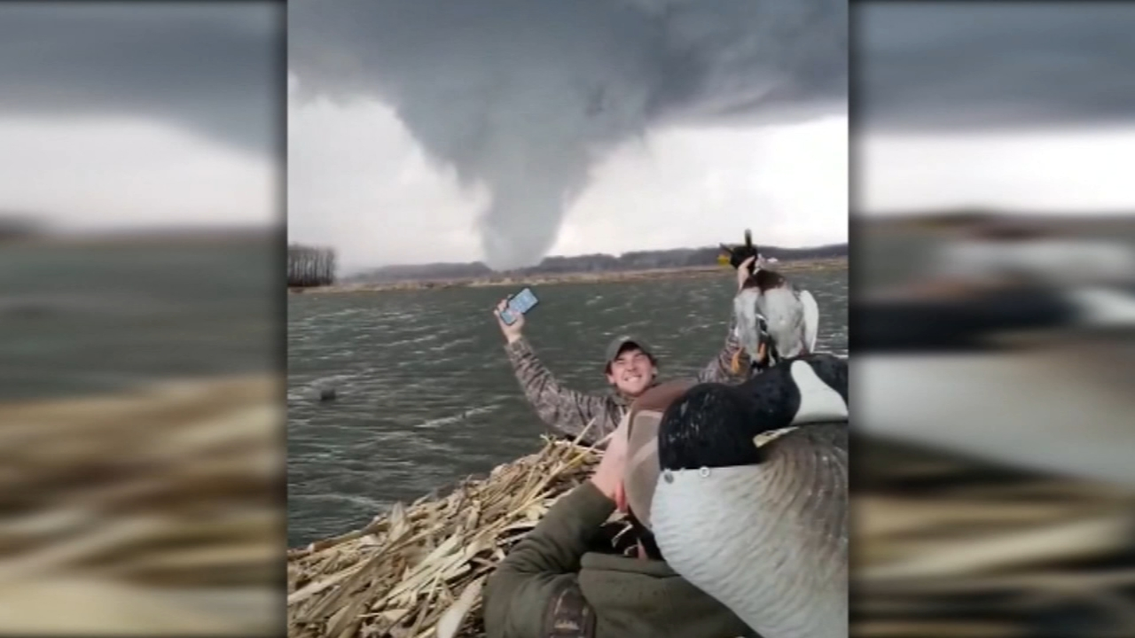 Four friends duck hunting in Havana, Illinois, witnessed a tornado form while they were out on the water.