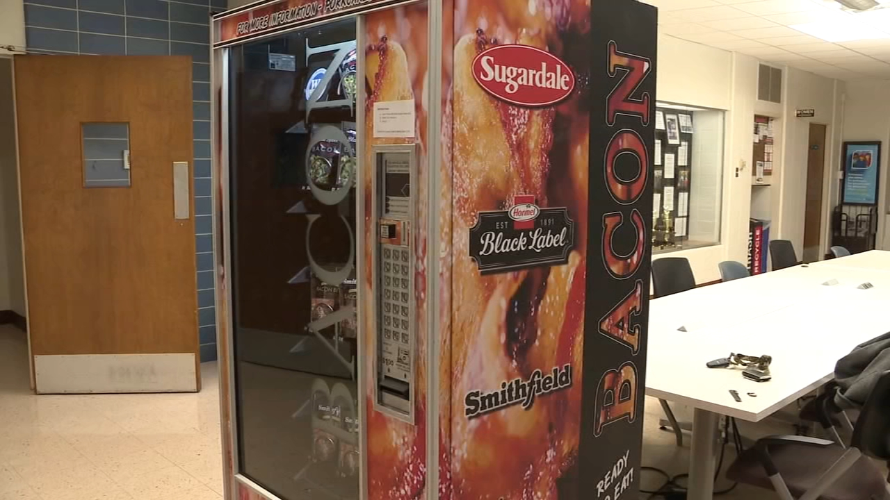 Ohio State students can get bacon anytime with a newly installed vending machine.