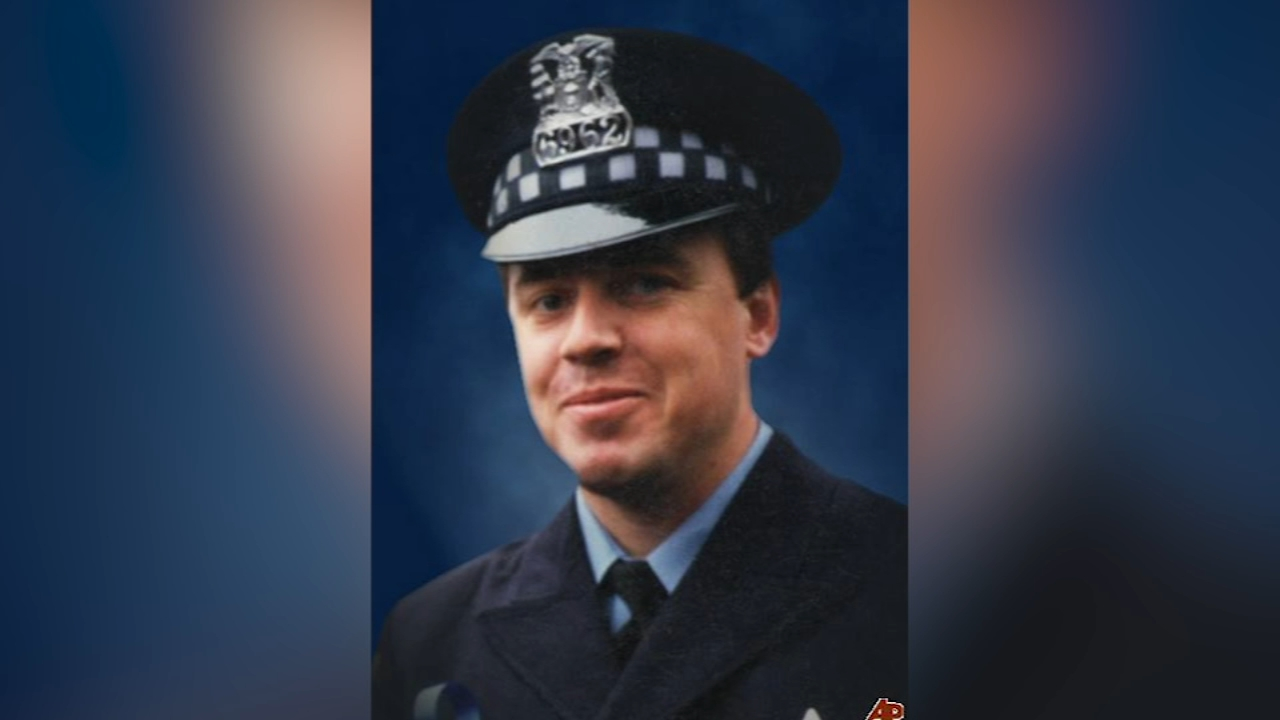 A street in Chicagos Beverly neighborhood will be dedicated for slain CPD officer Michael Flisk.