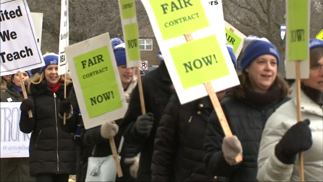 Teachers and students return to class on Tuesday after the union membership approved a new contract.