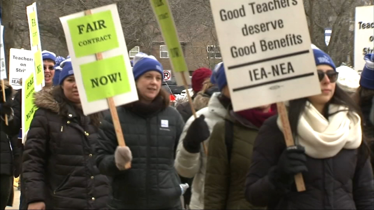 Students will be back in class Tuesday morning in west suburban Geneva after a nearly week-long teacher strike.