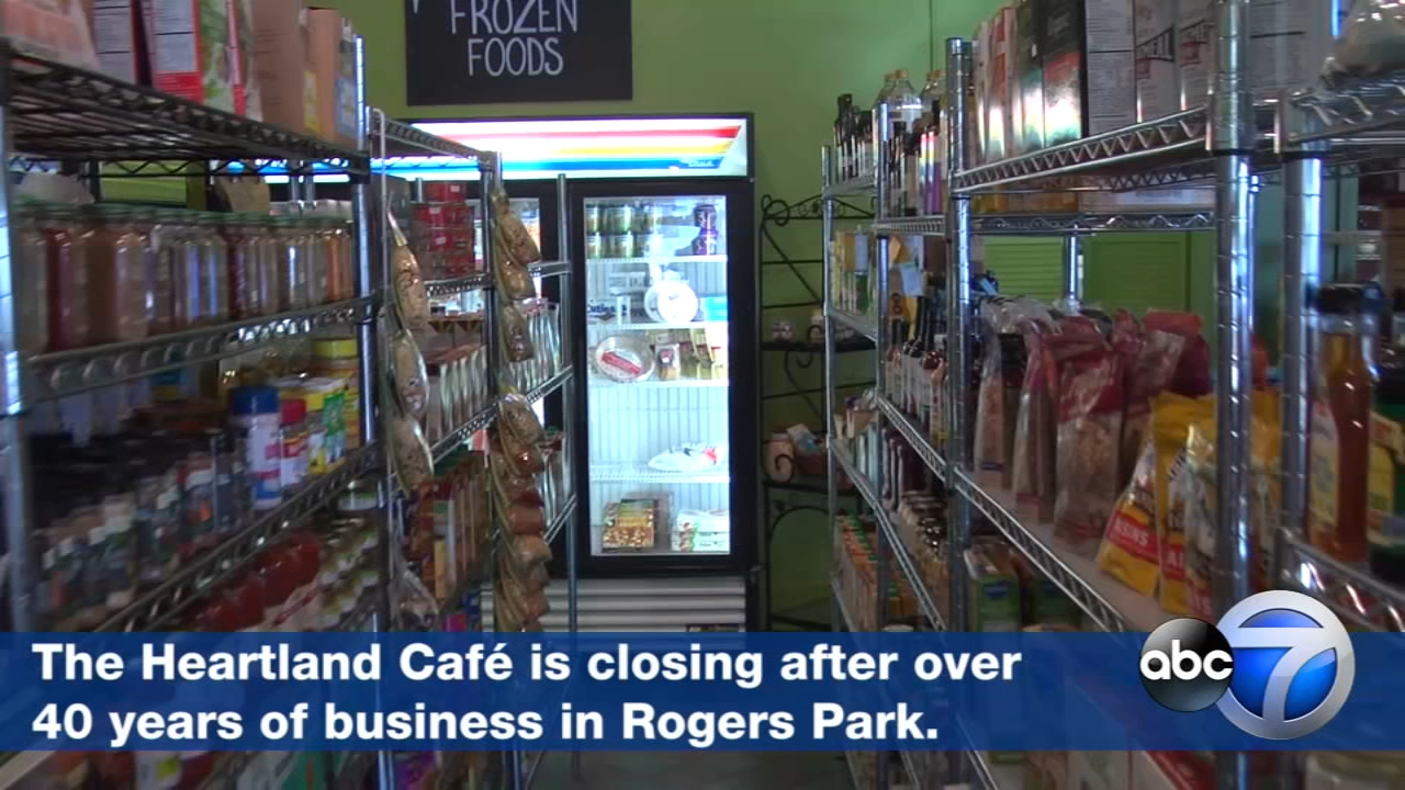 The Heartland Cafe, a Rogers Park community institution, will close its doors New Years Eve after more than four decades at the corner of Lunt and Glenwood avenues.