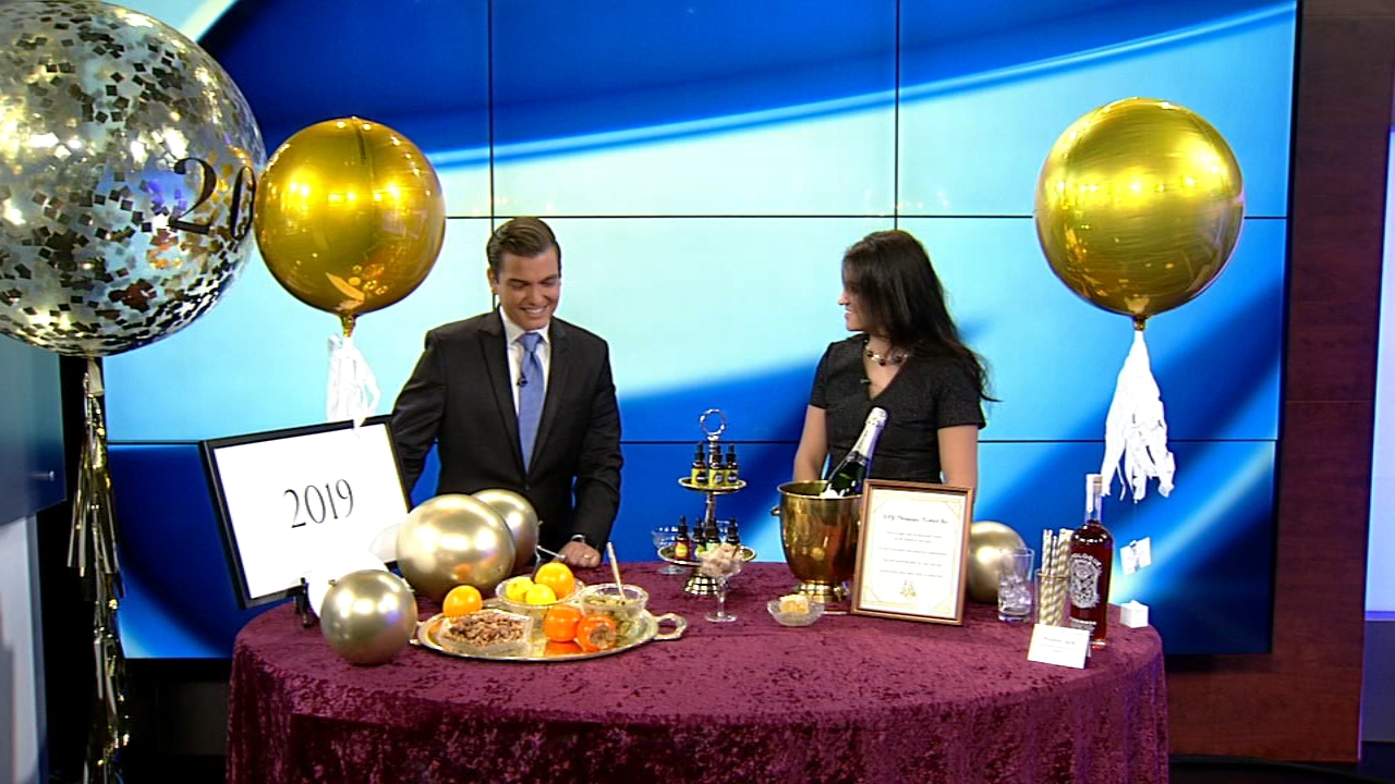Create a memorable New Years Eve party with these DIY ideas.