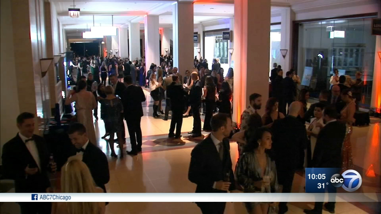 The Eve of the Eve gala raised money for HighSight, which prepares Chicago youth for college.