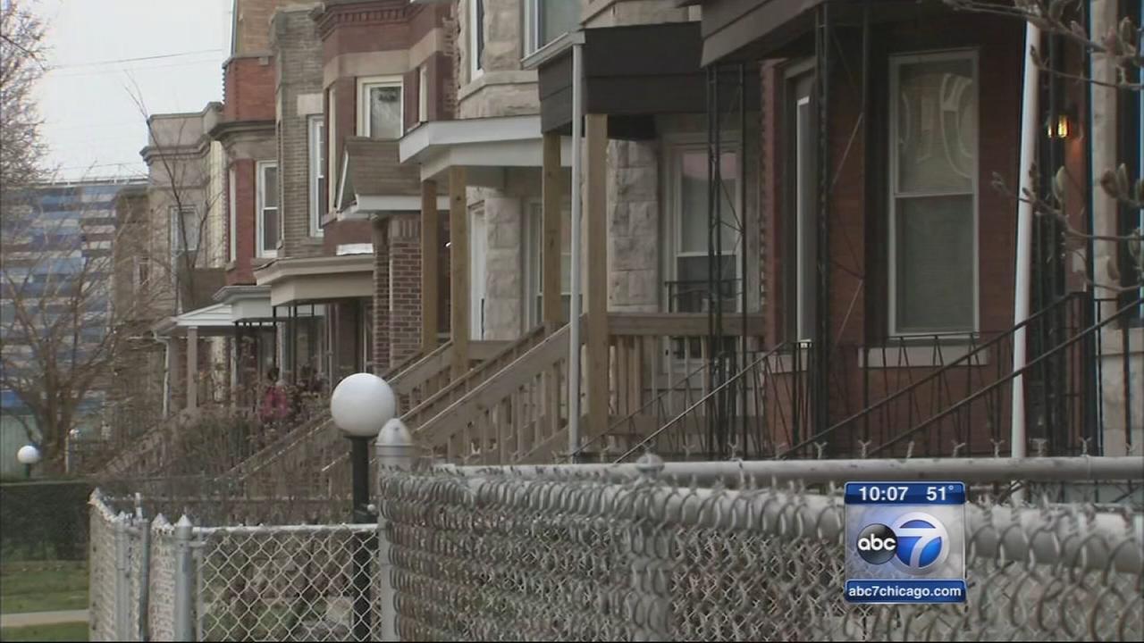 Girl shot in neck in Grand Crossing home
