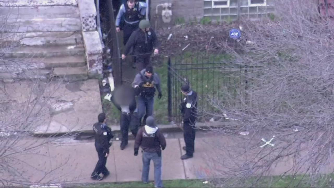 Chase suspect caught hiding between homes