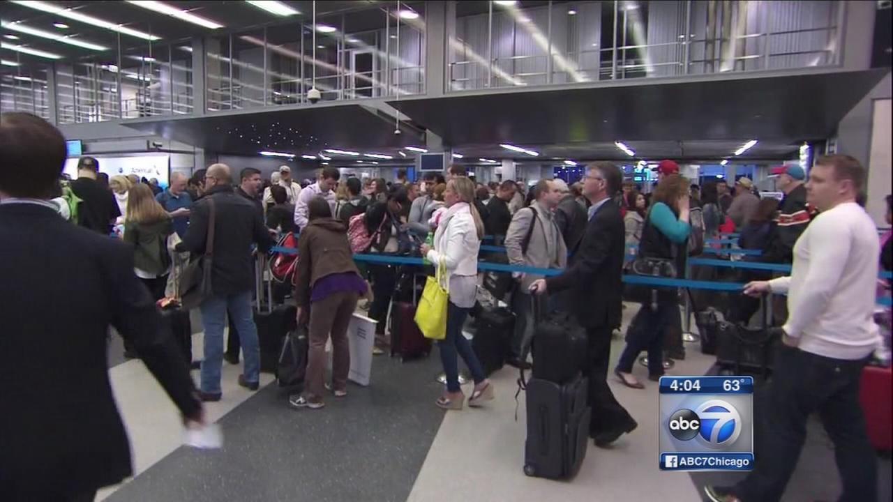 TSA lines still long in Chicago airports