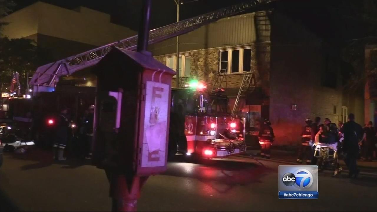 5 injured in West Rogers Park fire