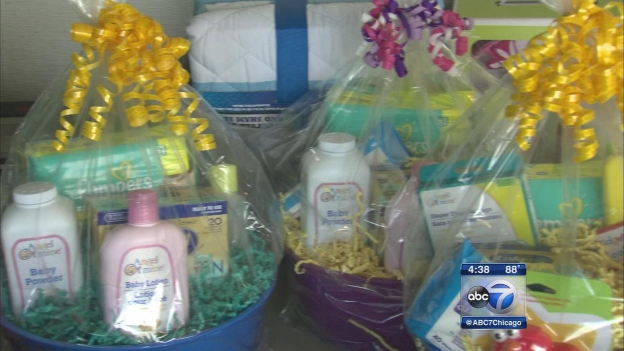 Hospital throws giant baby shower