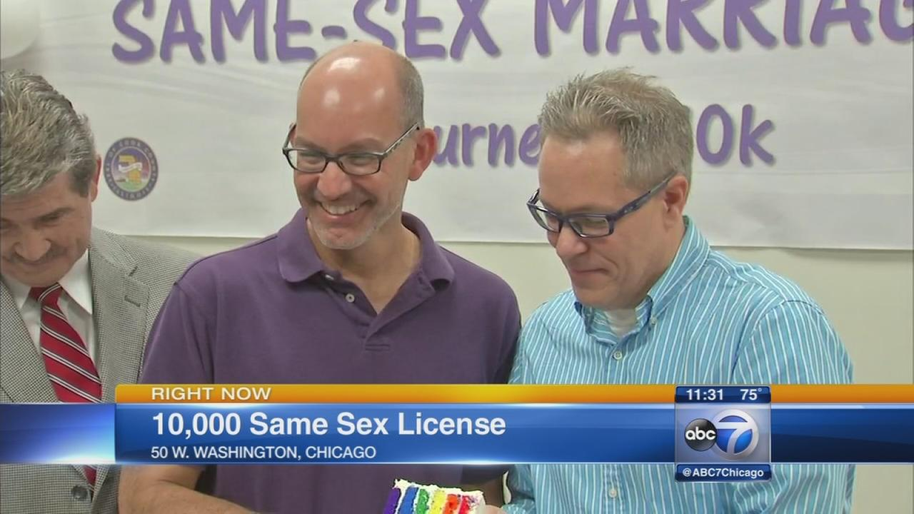 Gay couple issued 10000th marraige license