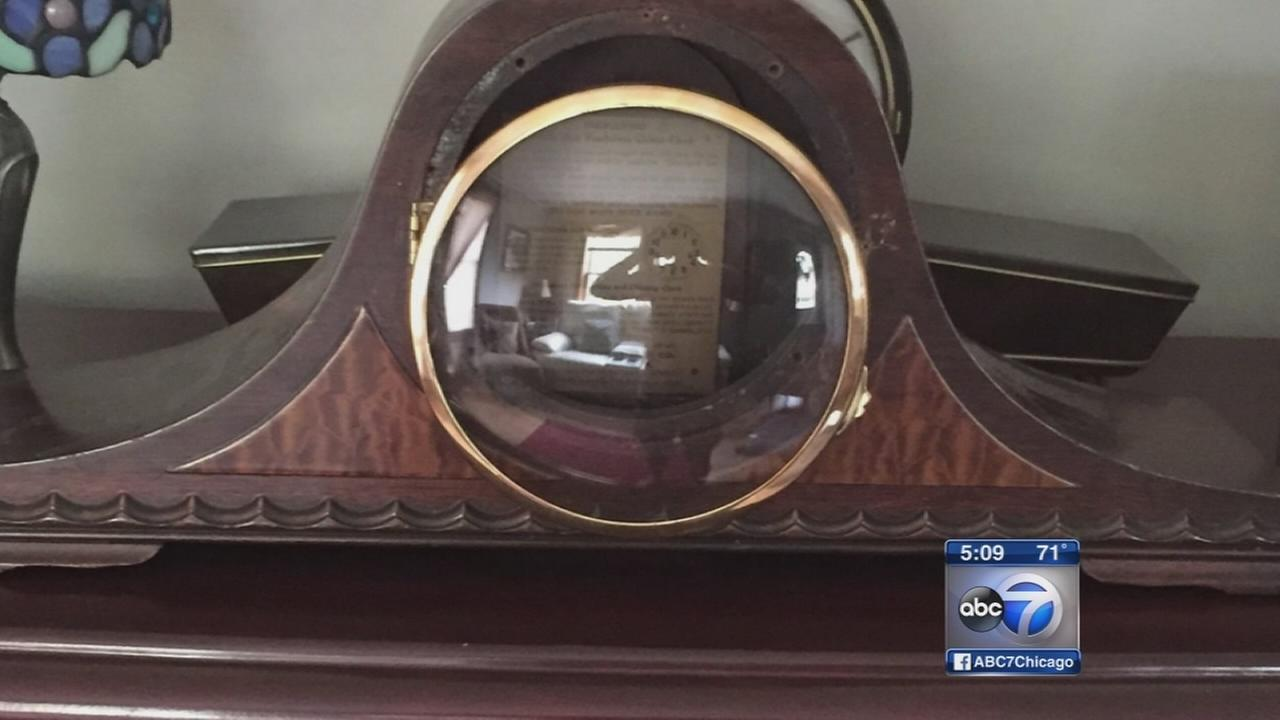 Wasted time: Edison Park clock shop investigated for fraud