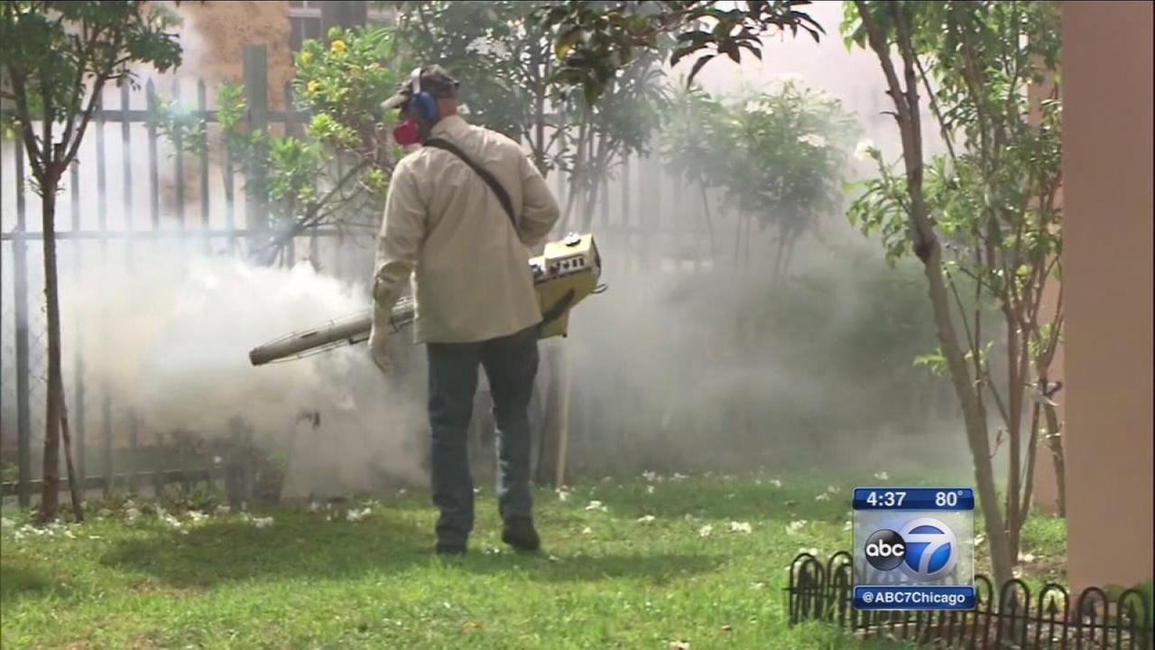 Aerial spraying for Zika virus begins in Miami Beach
