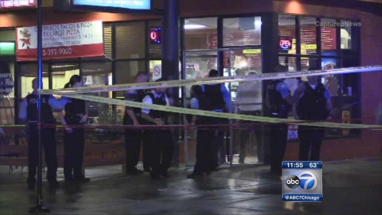Chicago police shoot man in Humboldt Park