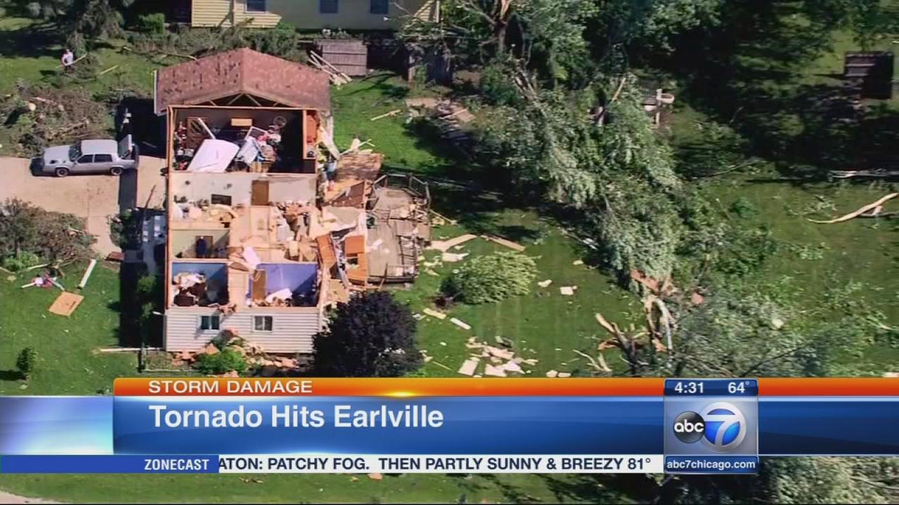 5 tornadoes confirmed in Chicago area