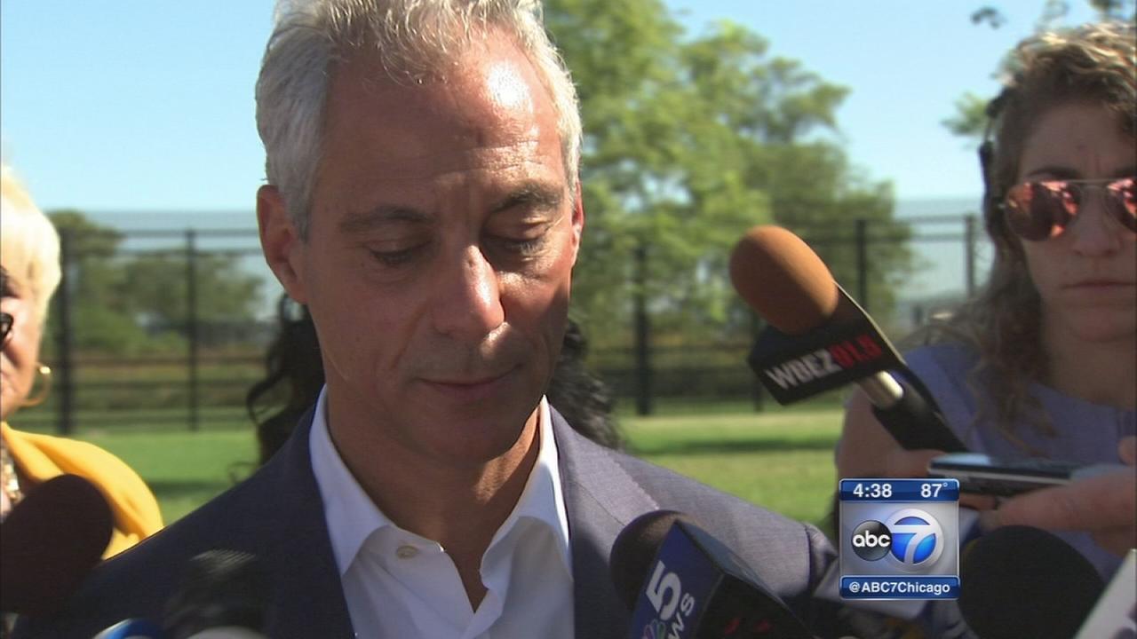 Emanuel delays speech on Chicago violence