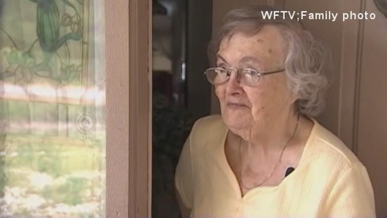 Family sends pizza deliveryman to check on grandma after hurricane
