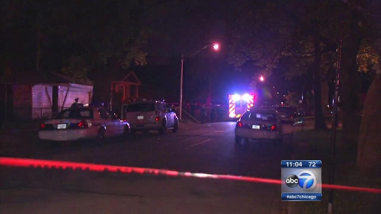 4 shot 1 killed in West Englewood